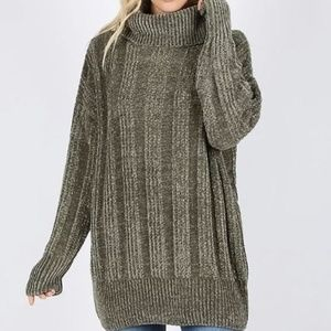 Over Sized Cable Knit Chenille Sweater